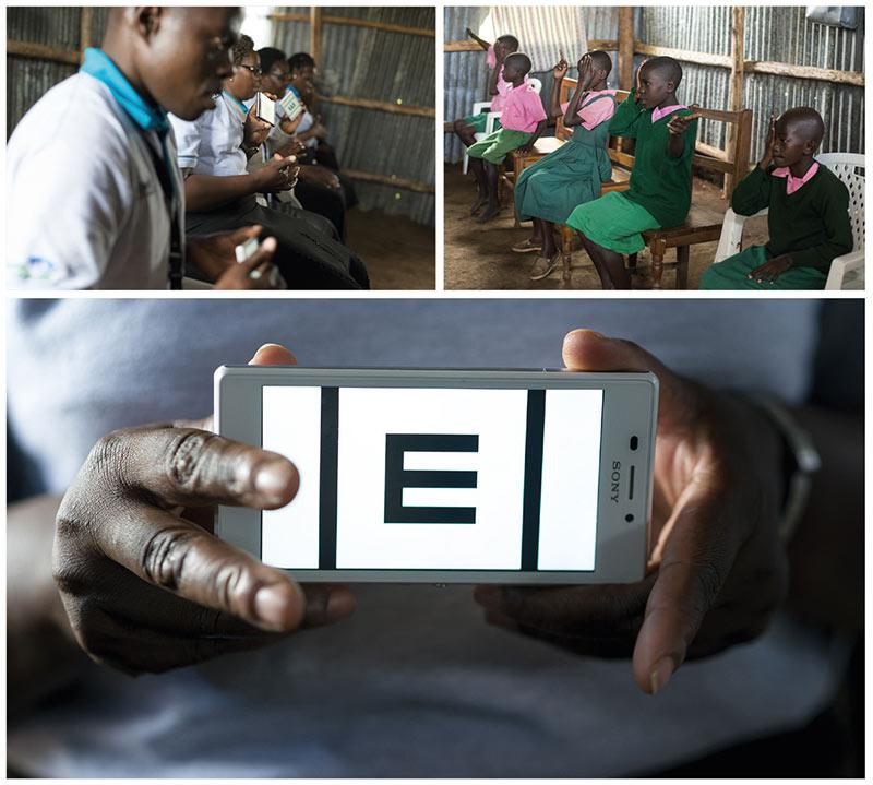 Trois images distinctes : (1) Enseignants tenant devant eux des smartphones avec l'application PEEK Acuity. (2) Écoliers assis en face des enseignants, couvrant un œil durant le test d'acuité visuelle. (3) Gros plan d'un optotype en « E » tel qu'il apparaît sur l'écran d'un smartphone.